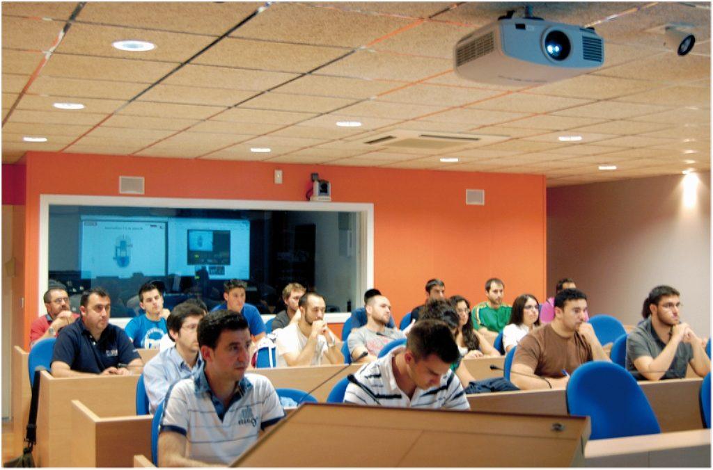 Investigar y el desarrollo profesional de alumnos, bazas de las cátedras andaluzas de la 'Fundación Cepsa'