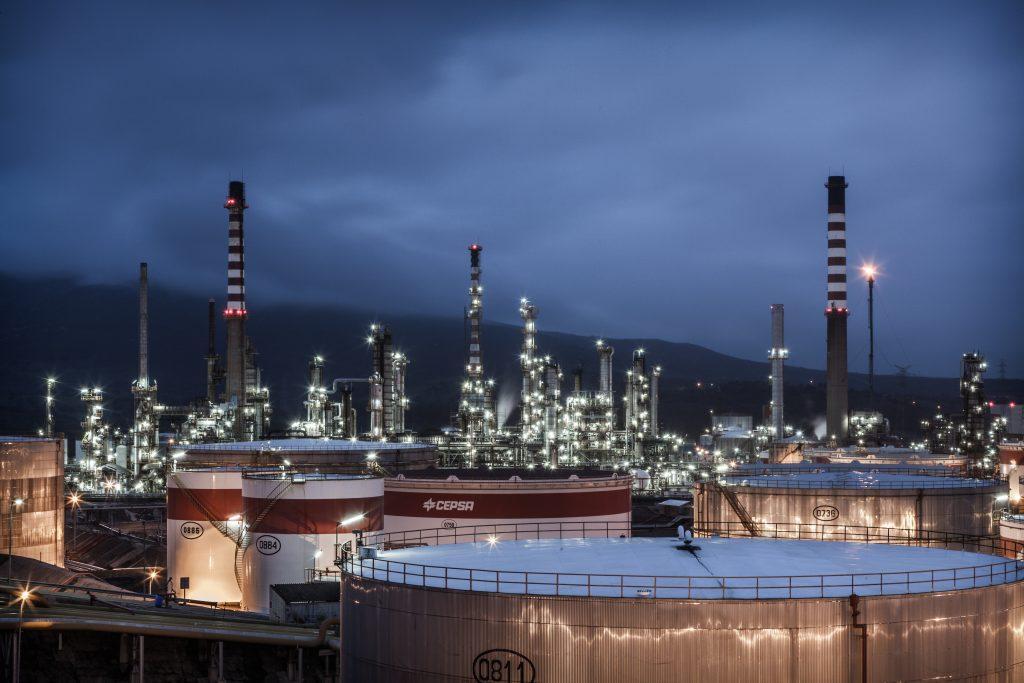 La Cátedra Fundación Cepsa de la UCA estudia la optimización del funcionamiento de los reactores biológicos de la Refinería Gibraltar-San Roque