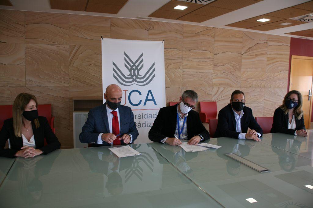 Firma de un anexo al convenio de la Cátedra Fundación Cepsa – UCA con el Plan de Actuaciones para 2020